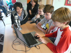 Children learning about LEGO Mindstorms at CCC